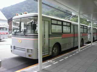 2011081811520001